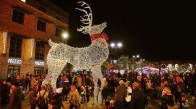 Christmas gets underway with Gainsborough's big lights switch on event
