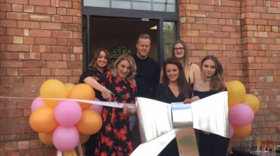 New Salon aims to be a cut above the rest