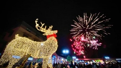 FESTIVE SEASON LAUNCHED IN GAINSBOROUGH WITH PACKED WEEKEND OF XMAS EVENTS!